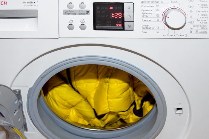 Можно ли стирать куртку в стиральной машине, и как это сделать правильно